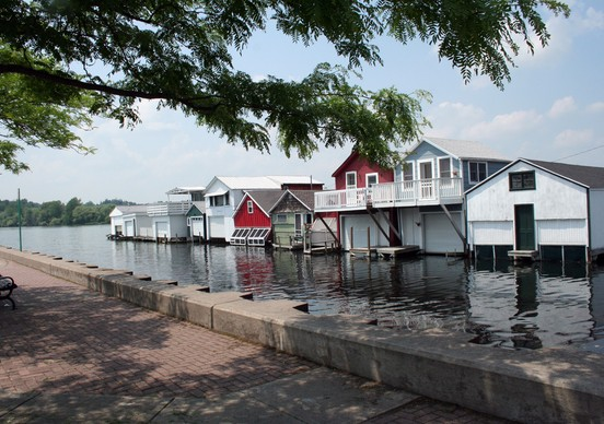 boathouses__552x388